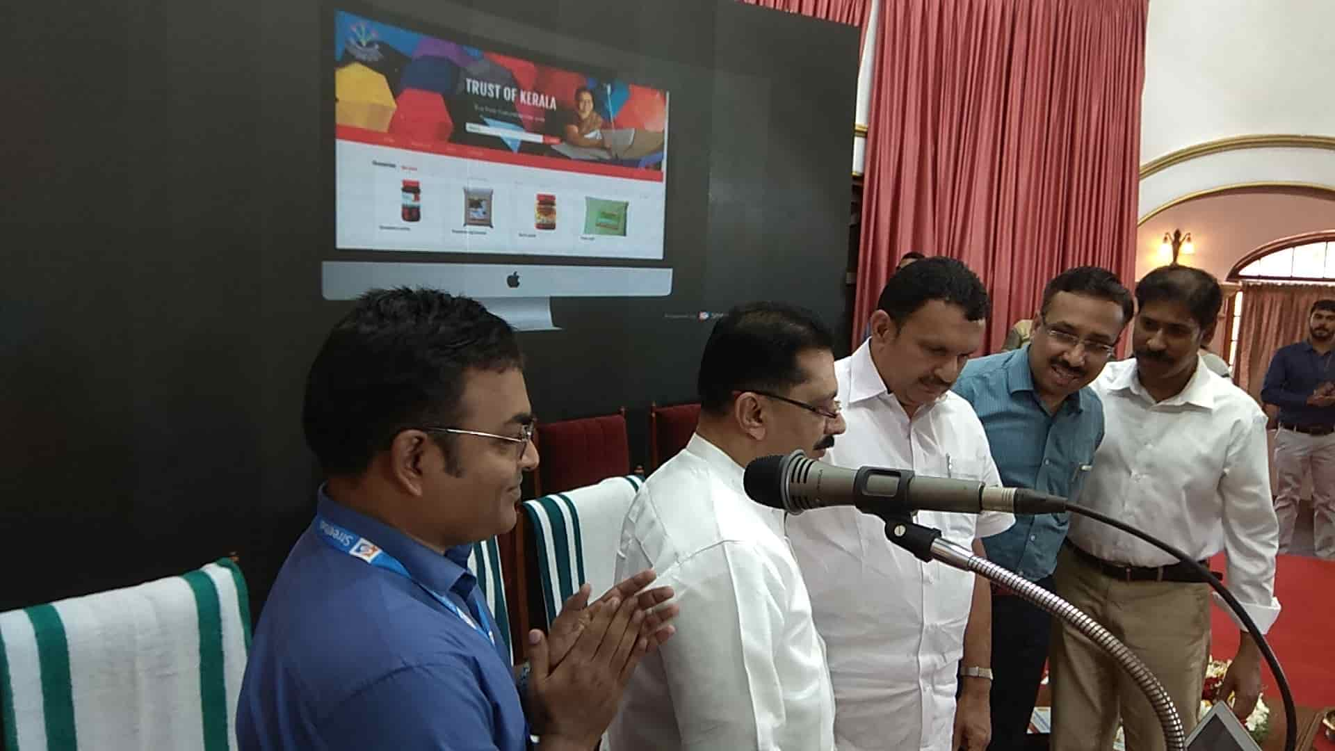 KT jaleel inaugurating Kudumbashree ecommerce website